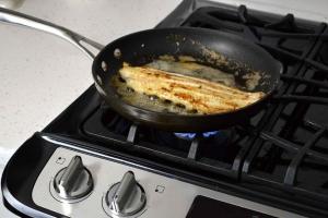 pan fry catfish on stove
